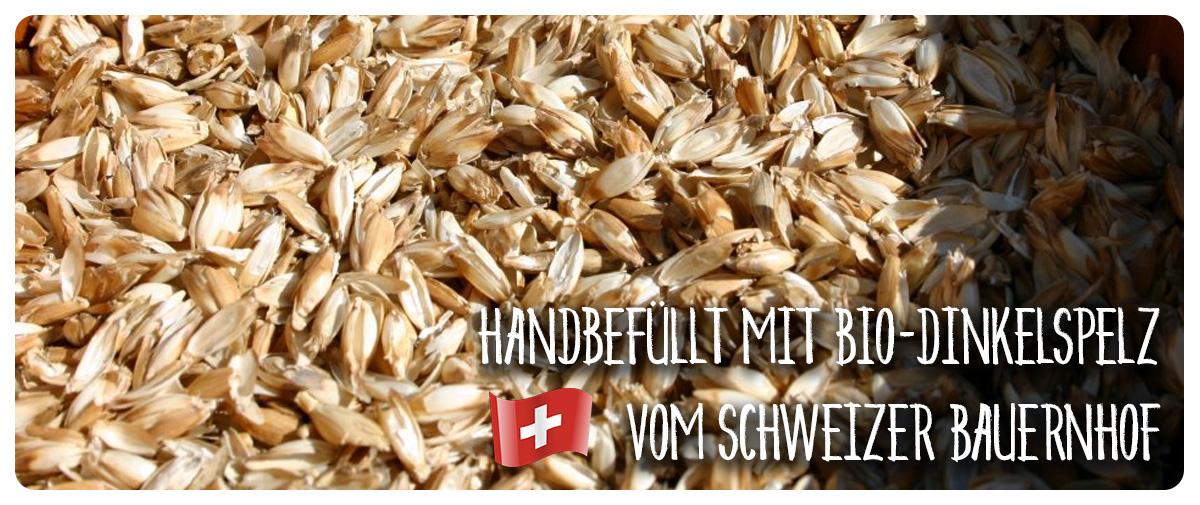 Schweizer BIO Dinkelspelz - Unsere Kissen werden handbefüllt.